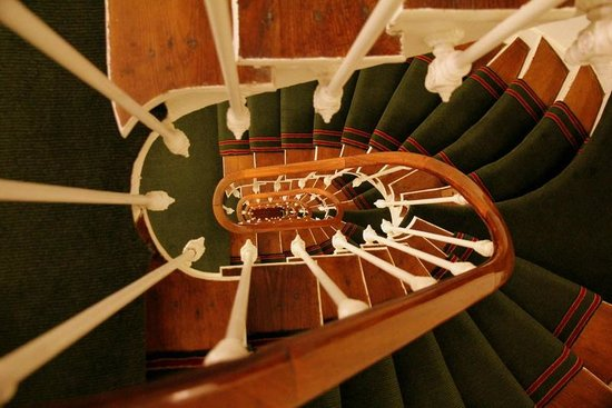 New Orient Hotel:                   spiral staircase
