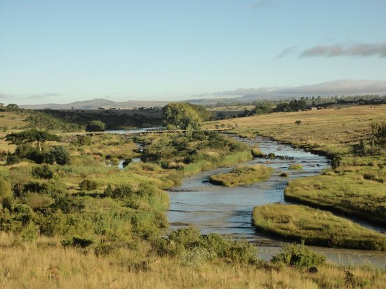 Rorke's Drift Hotel: Buffalo River