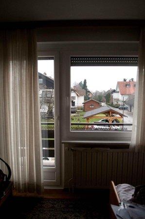 B & B Pension Mlinar Bled:                   panorama dalla stanza