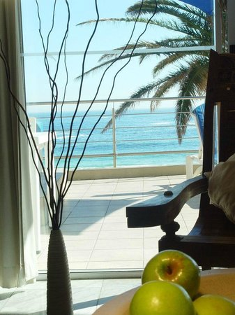 Primi Seacastle Guest House: Seaview from Classic Suite