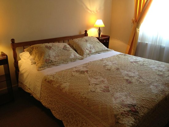 Hostal Joshiken:                   Double room