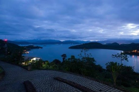 Resort Croce del Sud:                   Paraty bay from the balcony in the evening