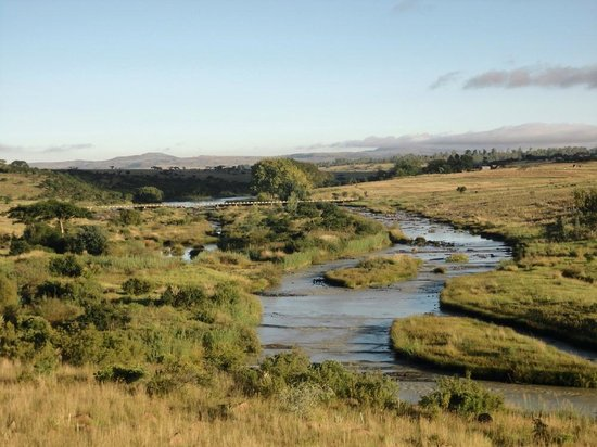 Rorke's Drift Hotel: Buffalo River from our room
