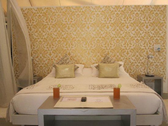 Amarya Shamiyana :                                     Gorgeous bedroom