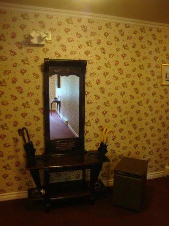 Auberge du Manoir Dauth :                   entrée batiment des chambres