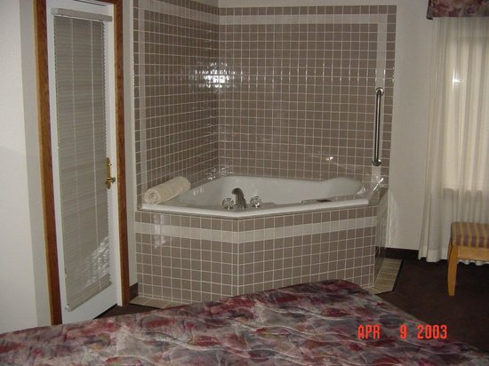 The Skagit Casino Resort:                                     In-room jacuzzi