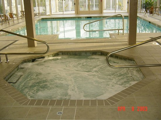 The Skagit Casino Resort:                                     Pool jacuzzi
