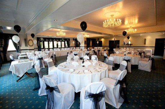 Peterstone Lakes Golf Club:                                     the Crystal Suite