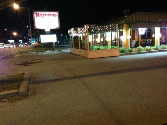 Mamma Mia Italian Restaurant & Pizzeria: Another Outside shot