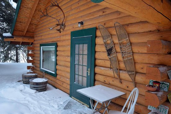 North Pole Cabins:                   North Pole Cabin