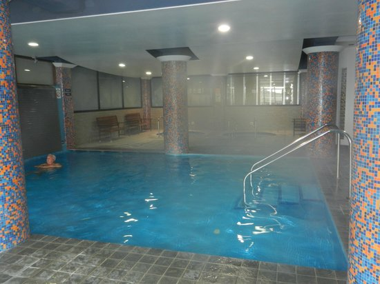 Qawra Palace Hotel: Small Indoor Pool (Heated)