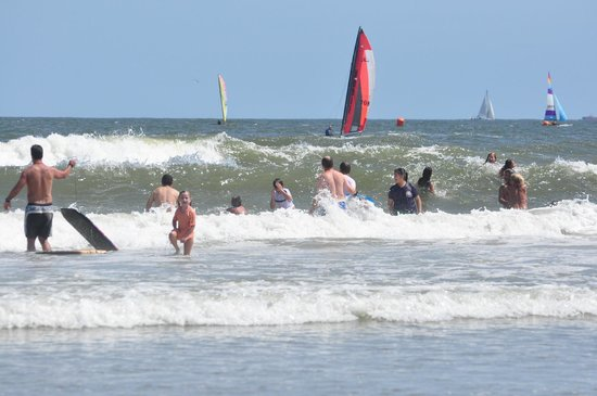 Wildwoods, NJ:                   Great Breaking Waves for Boogie Boarding
