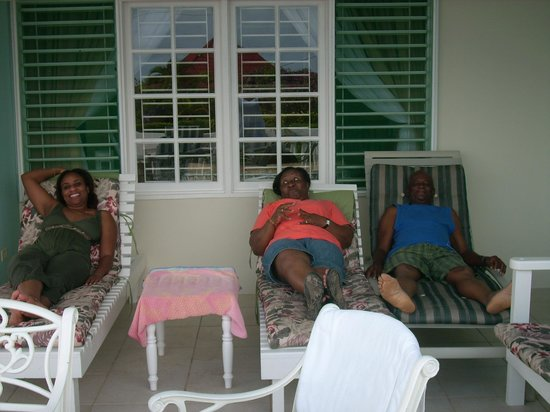 Silver Sands Vacation Villas:                                     Chill-laxing