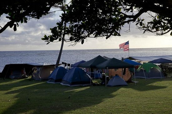 Hauula, Hawaï:                   Camping and Recreation area