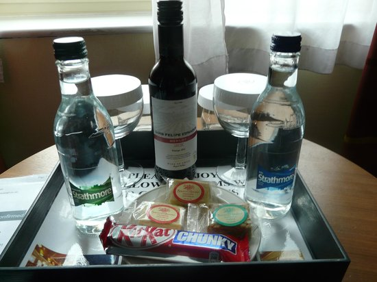Hilton Bristol Hotel:                                     complimentary tray