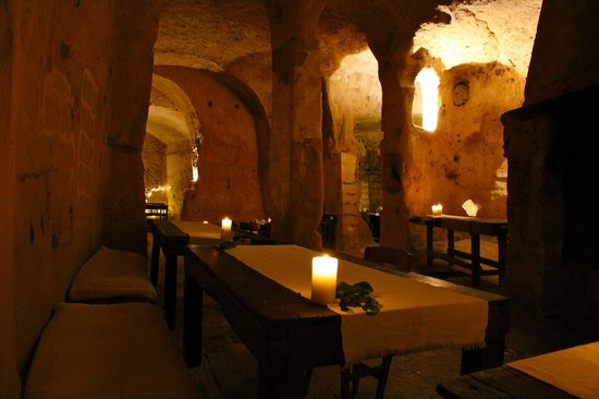 Sextantio Le Grotte della Civita:                   Sala colazione..