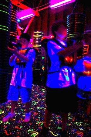 Fun 'n' Stuff: Lasertag