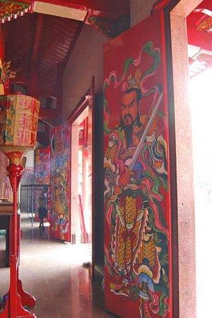 Gunung Timur Temple:                   The Front Doors