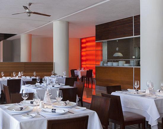 Le Meridien Mexico City: C'est la Vie Restaurant