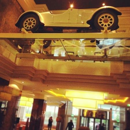 The Westin Grand Frankfurt:                   suspended car