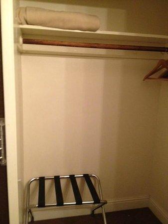 Paradice Motel: big closet