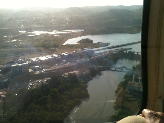 Kats Tours:                   Helicopter ride over the Panama Canal