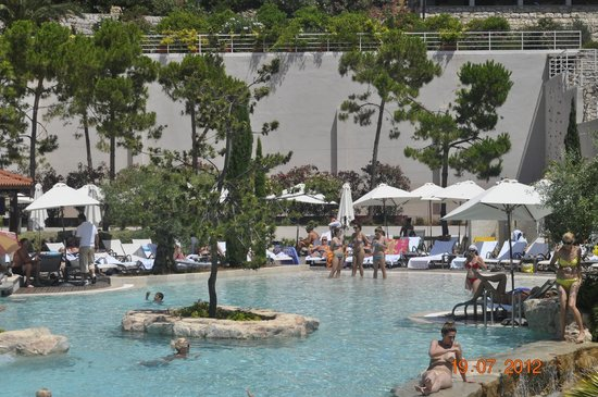 Amfora, hvar grand beach resort:                   basen