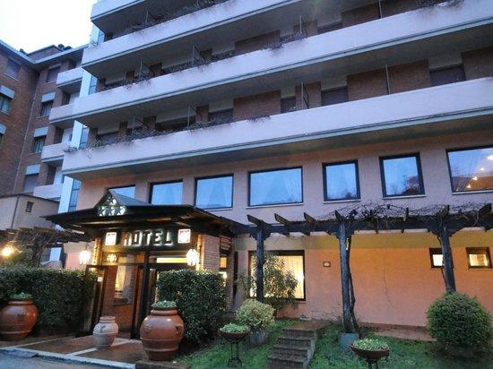 Hotel Gio' Wine e Jazz Area:                   Fachada