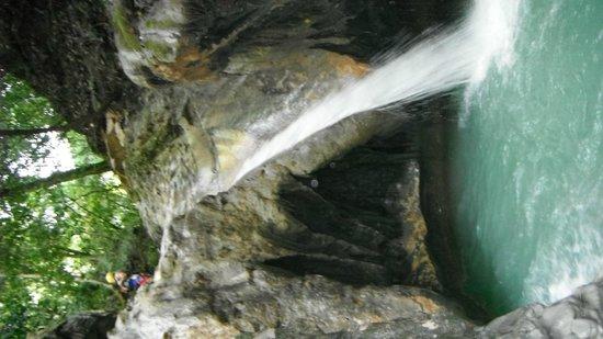Damajaqua Cascades (27 Waterfalls): entre 2 cascade