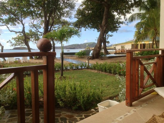 Bequia Beach Hotel:                   Grounds looking towards restuarant.
