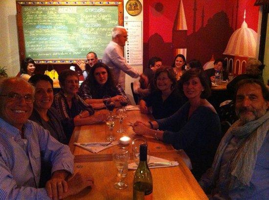 Sofia Restaurante Mediterraneo Arte & Cultura: Noche de Barcelona en Sofia Mediterraneo