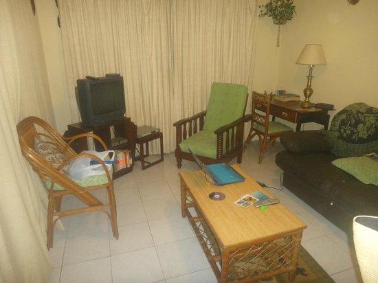 Hibiscus Apartments:                   Apartment