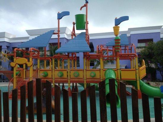 Iberostar Paraiso Maya:                   kids waterpark