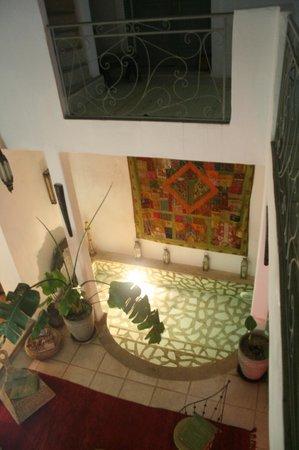 Riad Safir:                   la salle de repos du riad moderne