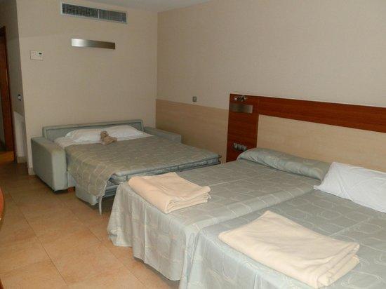 Hotel Deloix Aqua Center: sofá-cama