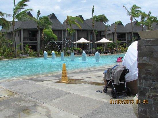 อินเตอร์คอนทิเน็นทอลฟิจิกอล์ฟรีสอร์ทแอนด์สปา: kids pool