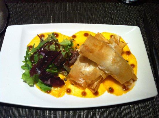 Tapas et Vinos Restaurant :                   Feuilleté de Saint-Jacques sur lit de mangue