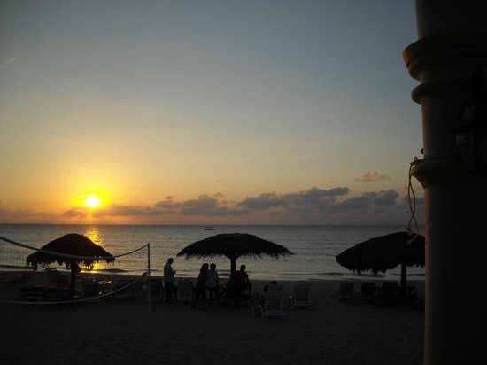 Beachcomber Club:                                     Sun Setting
