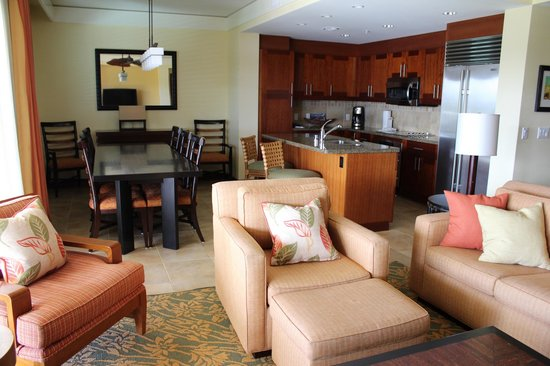 Marriott's Kauai Lagoons - Kalanipu'u:                   Main living area