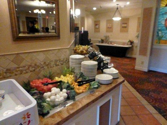 Best Western Plus Grosvenor Airport Hotel: Das Frühstücksbuffet