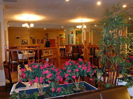 Best Western Plus Grosvenor Airport Hotel: Lobby und Frühstücksraum