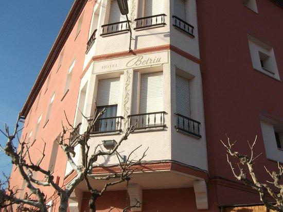 Hotel Betriu:                   exterior