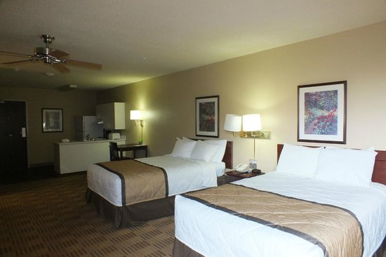 Extended Stay America - Ft. Lauderdale - Convention Center - Cruise Port : Schlafzimmer