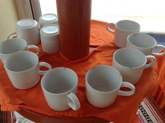 Solymar Beach & Resort:                   Scherben für den Kaffee