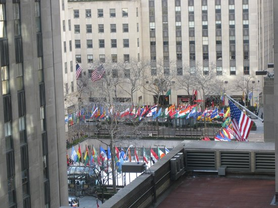 The Jewel facing Rockefeller Center:                   View overlooking Rockefeller Center from the Restaurant on the 8th floor.