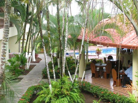 Hotel Mango Mar: accès central