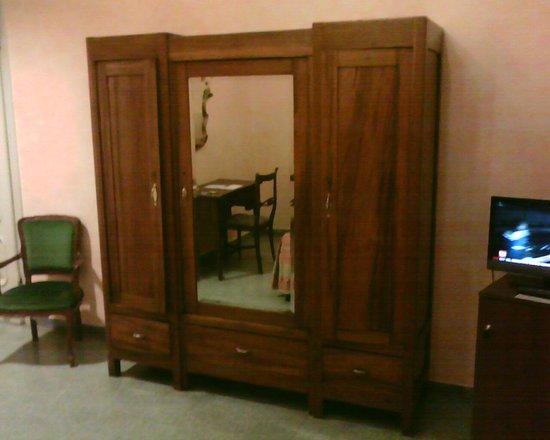 Hotel Orto De Medici:                   Room 32