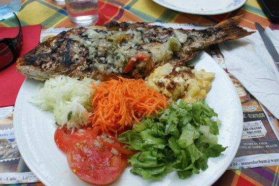 Chez Liline:                                                       poisson grillé