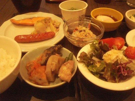 Hotel Dormy Inn Nagasaki:                   バイキング朝食
