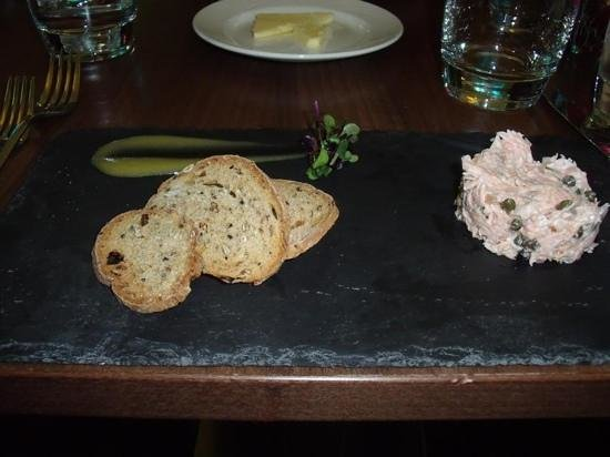 Hotel Indigo Edinburgh: Hot Smoked Salmon & Caper Remoulade
